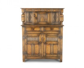 DISTRESSED OAK COURT CUPBOARD